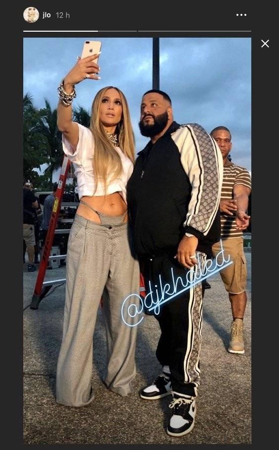 Jennifer Lopez se robó las miradas de todos por salir a la calle en tanga Captura de pantalla