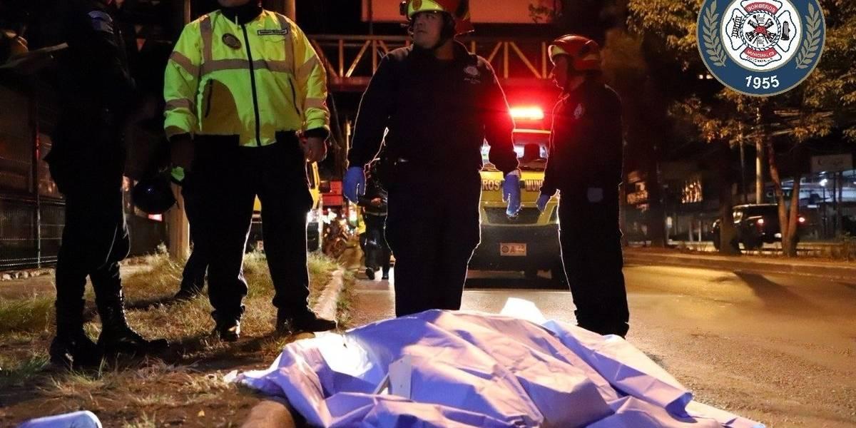 Joven muere al caer de bus en marcha en la Calzada San Juan