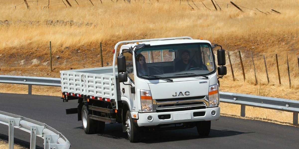 JAC Motors celebra una década de presencia en Chile