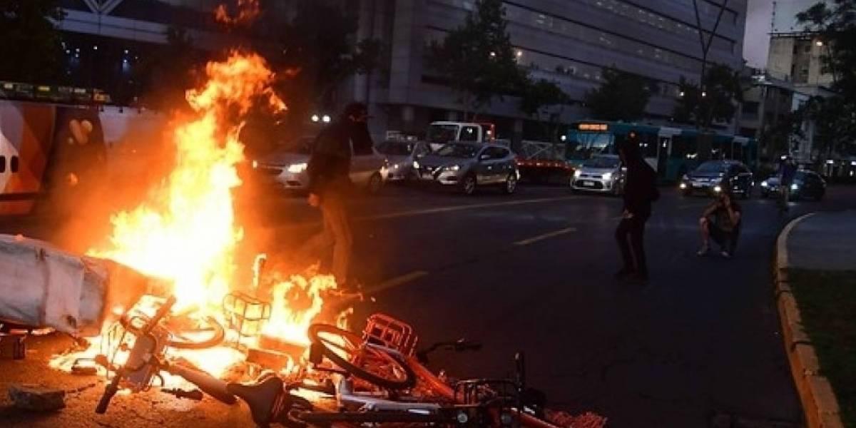 Volaron mobikes: Manifestaciones en todo el país por el asesinato de Camilo Catrillanca