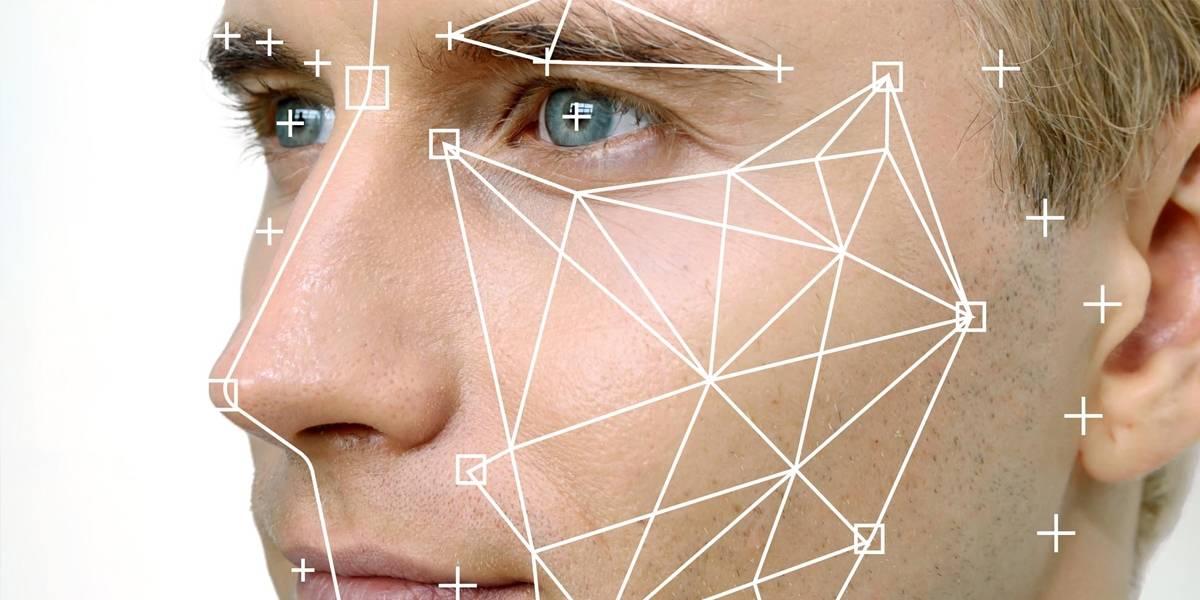 Como en Facebook: Google Photos ya te deja etiquetar personas manualmente