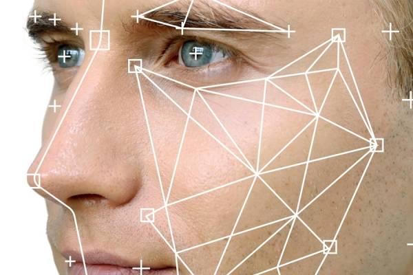Resultado de imagen para Como en Facebook: Google Photos ya te deja etiquetar personas manualmente