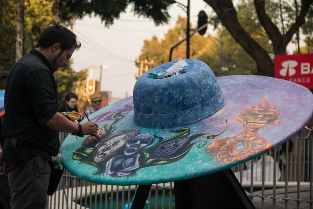 FOTOS  Sombreros gigantes y Catrinas engalanan Parque Hundido . fd46c57c1f8