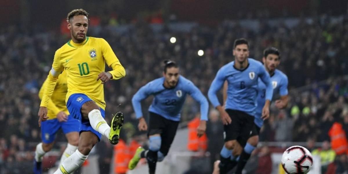 EN IMÁGENES. Por un penal, Brasil le gana a Uruguay en amistoso