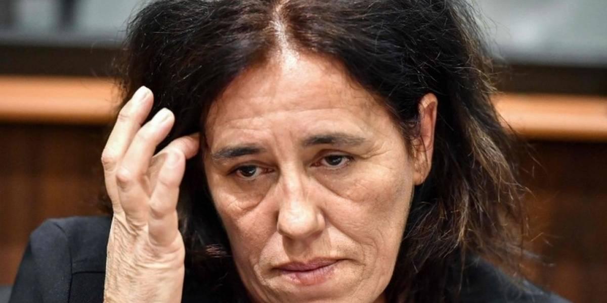 A mulher condenada por esconder bebê em porta-malas durante quase dois anos