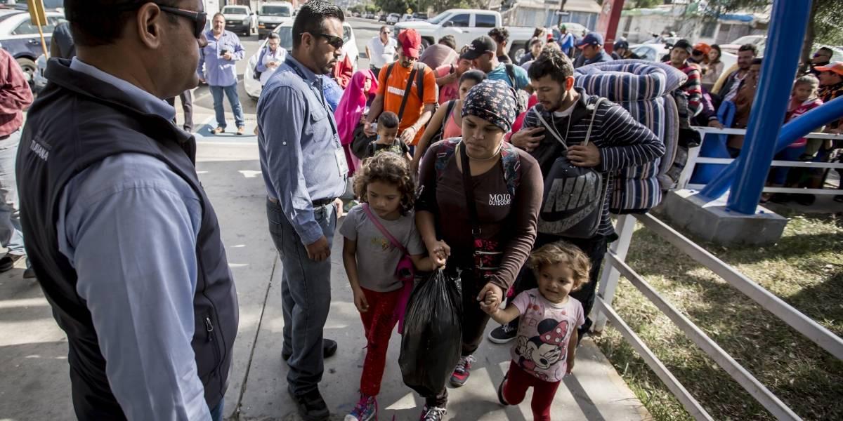 SRE cierra puerta a extranjeros; niega 100% de solicitudes de asilo político