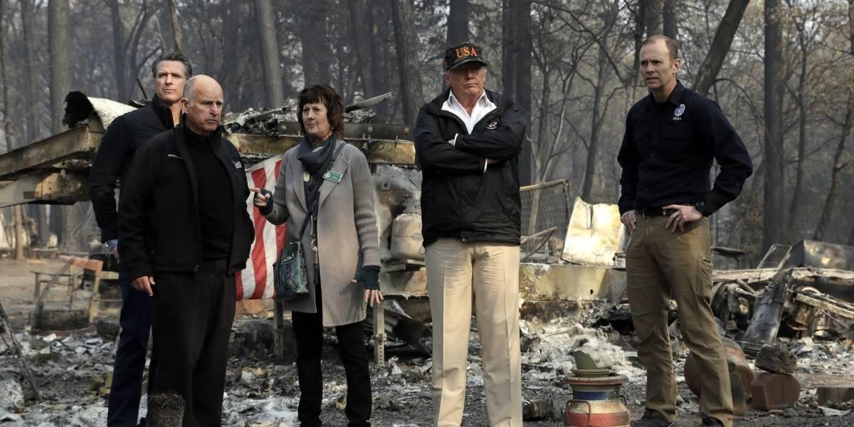 Trump visita zona en California azotada por incendio
