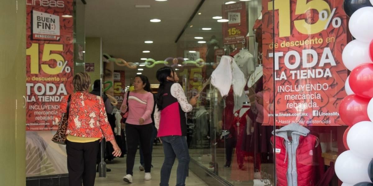 Guatemaltecos viajan a Tapachula para comprar en el Buen Fin