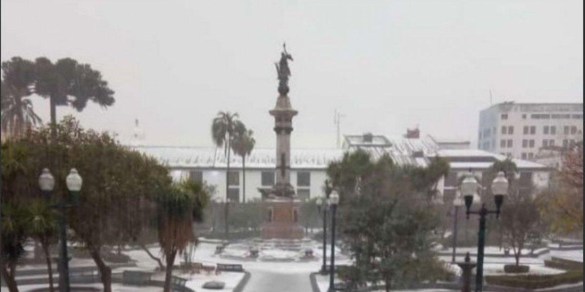 ¡Impactantes! Estos son los videos que se viralizan de la lluvia de ayer en Quito