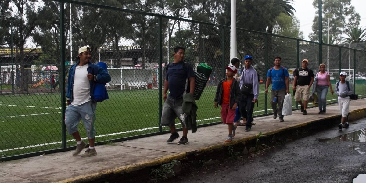 Más de 500 migrantes abandonan la CDMX para continuar hacia EU