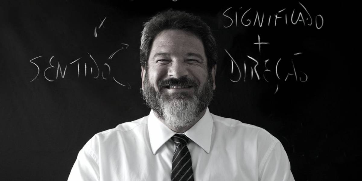 """""""Quem não gostaria de ver excelência de escolas militares em todo o ensino?"""", diz Mário Sérgio Cortella"""