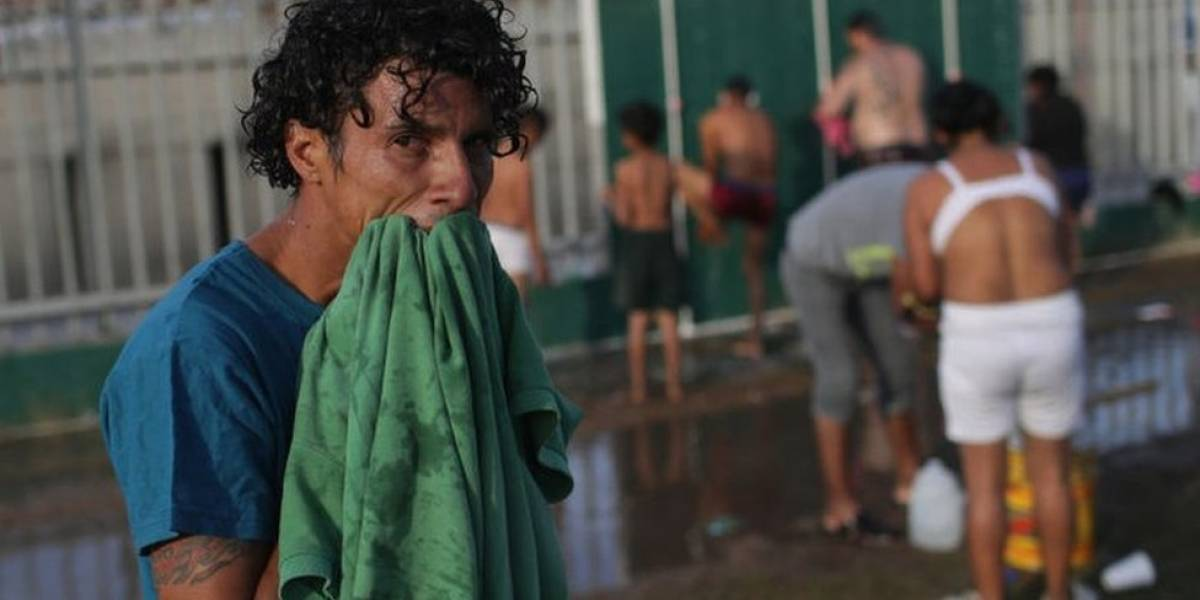 "La caravana de migrantes llega a Tijuana, desde donde pedirán asilo a Estados Unidos: ""Aquí no nos quieren. Nos lanzaron piedras"""