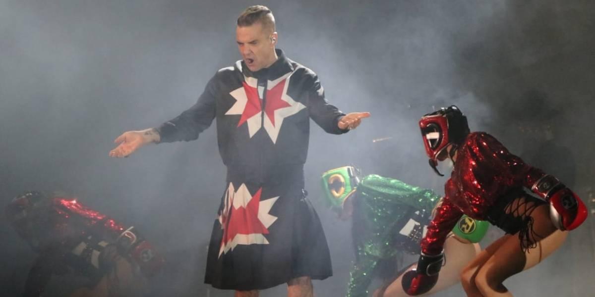 Robbie Williams rinde homenaje a su padre en el Corona Capital