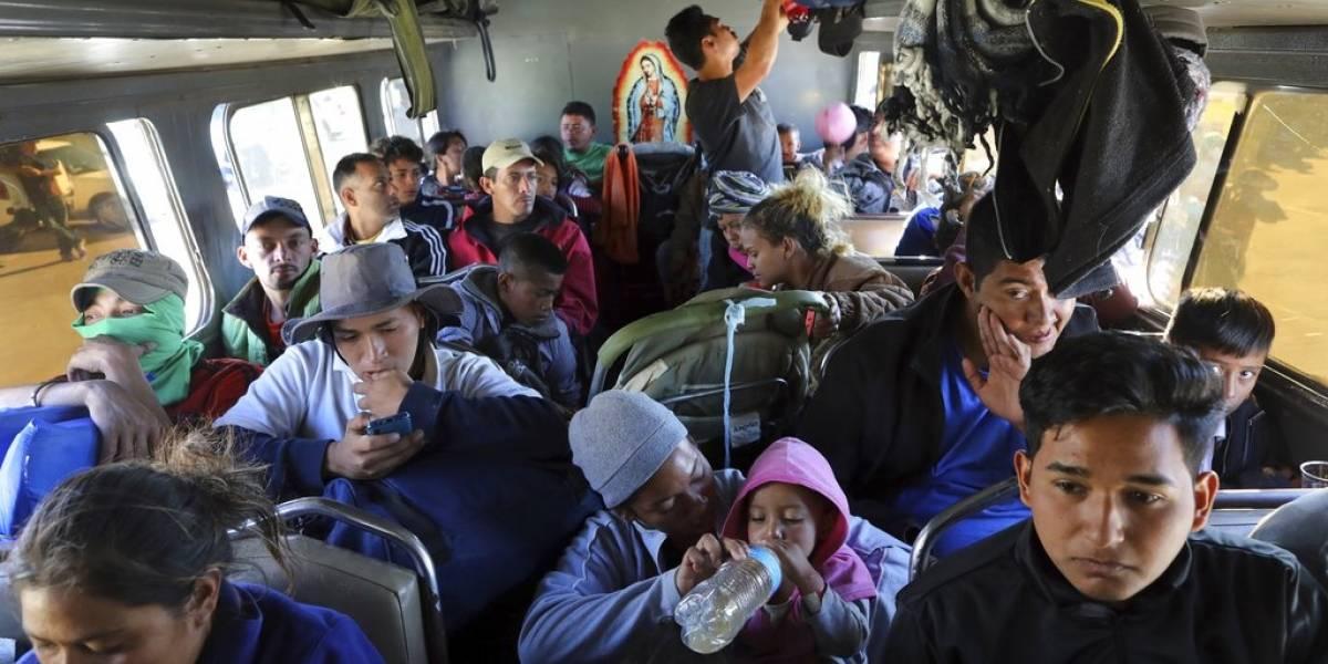 Caravana de migrantes satura albergues en Tijuana y Trump arremete: Estados Unidos no tolerará esta invasión