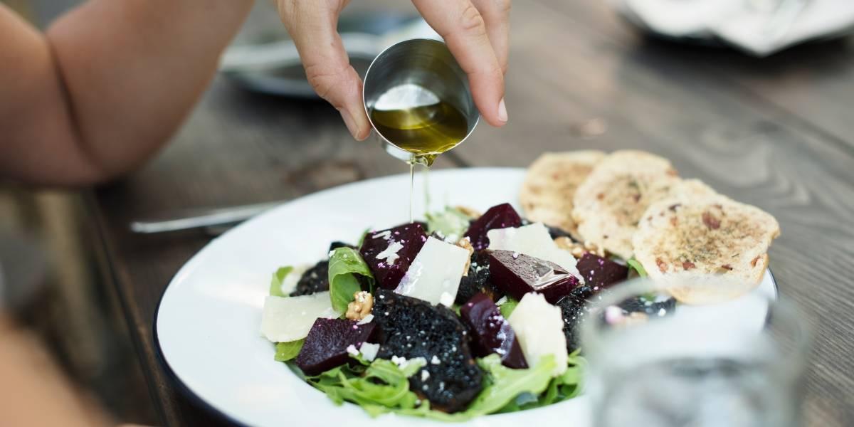 Comer grasa podría ayudarte a bajar de peso