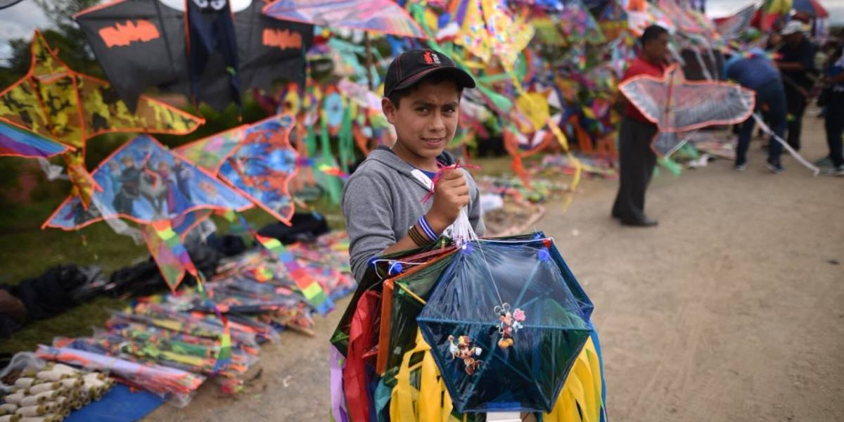 IMÁGENES. Celebran el Día del barrilete en el parque Érick Barrondo