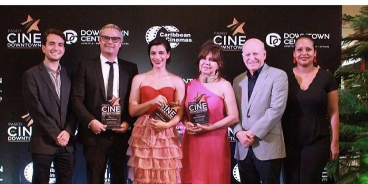 """Nashla Bogaert y Frank Perozo tienen sus estrellas en el """"Paseo del Cine"""""""