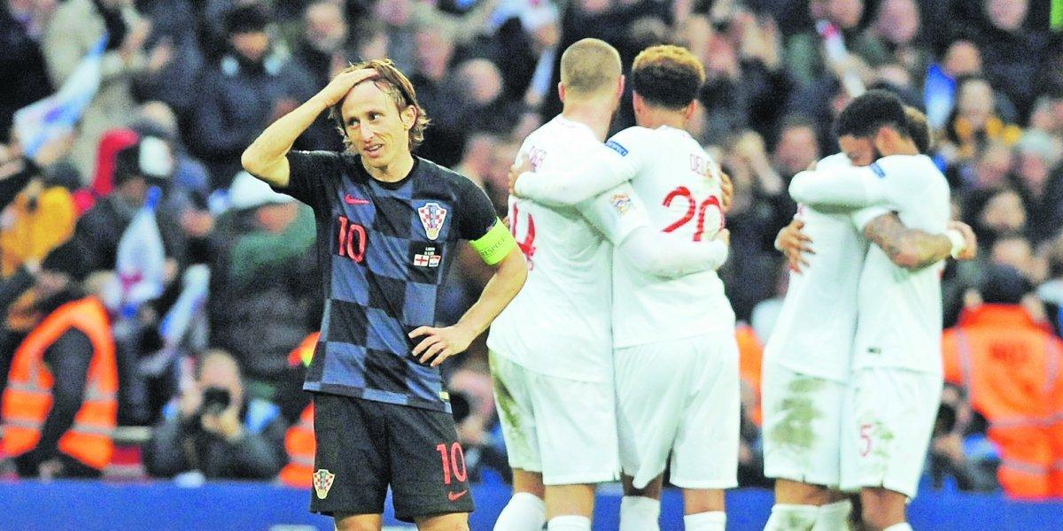 Inglaterra dio un golpe doble en la Liga de Naciones