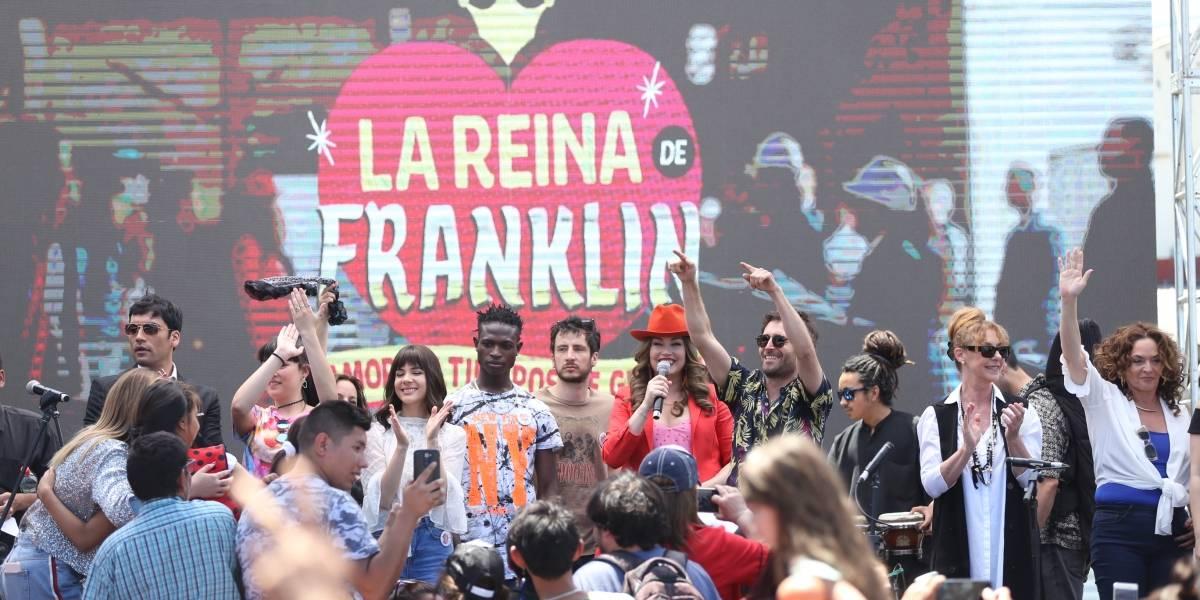"""Actores de """"La reina de Franklin"""" se tomaron el barrio"""