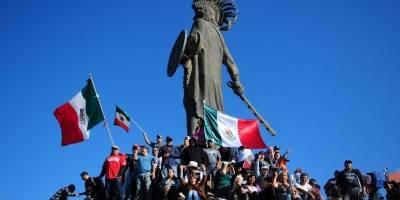 Marchan en Tijuana en contra de la caravana migrante