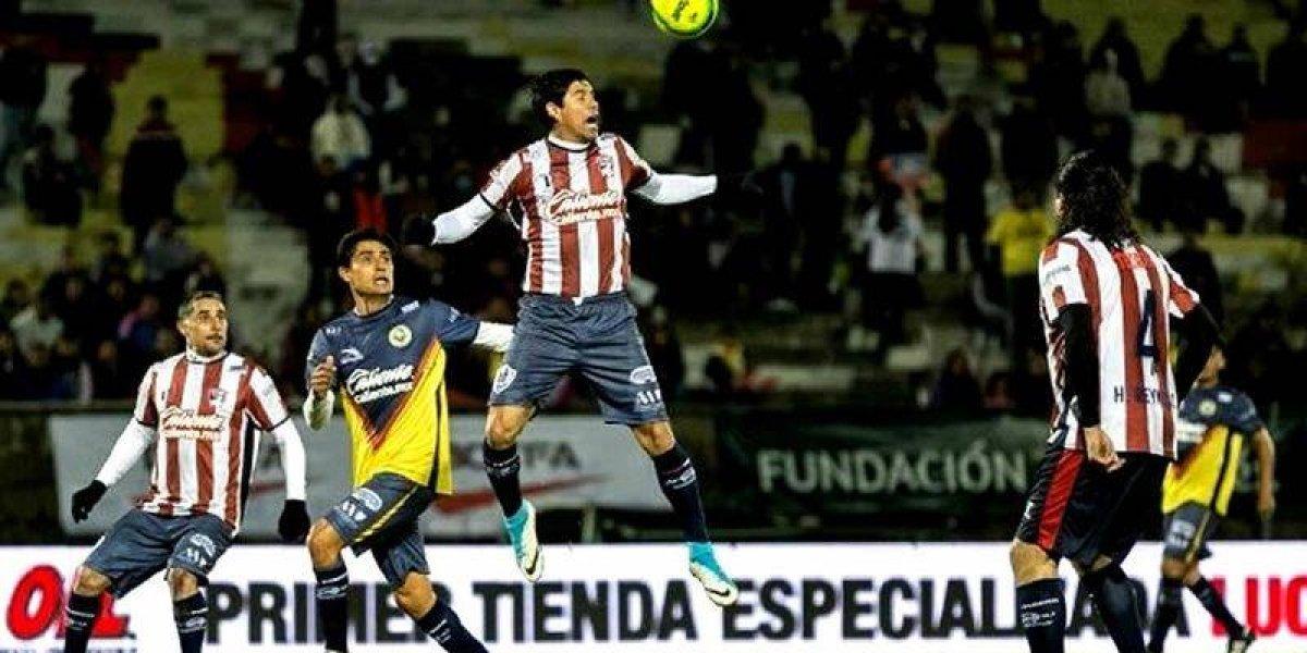 Chivas derrota al América en juego de leyendas