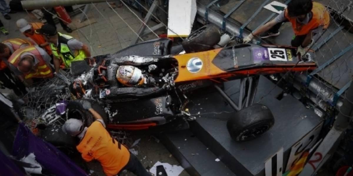 Operan con éxito a piloto que sufrió escalofriante accidente en F3