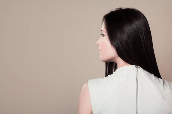 Alisa tu cabello con maizena