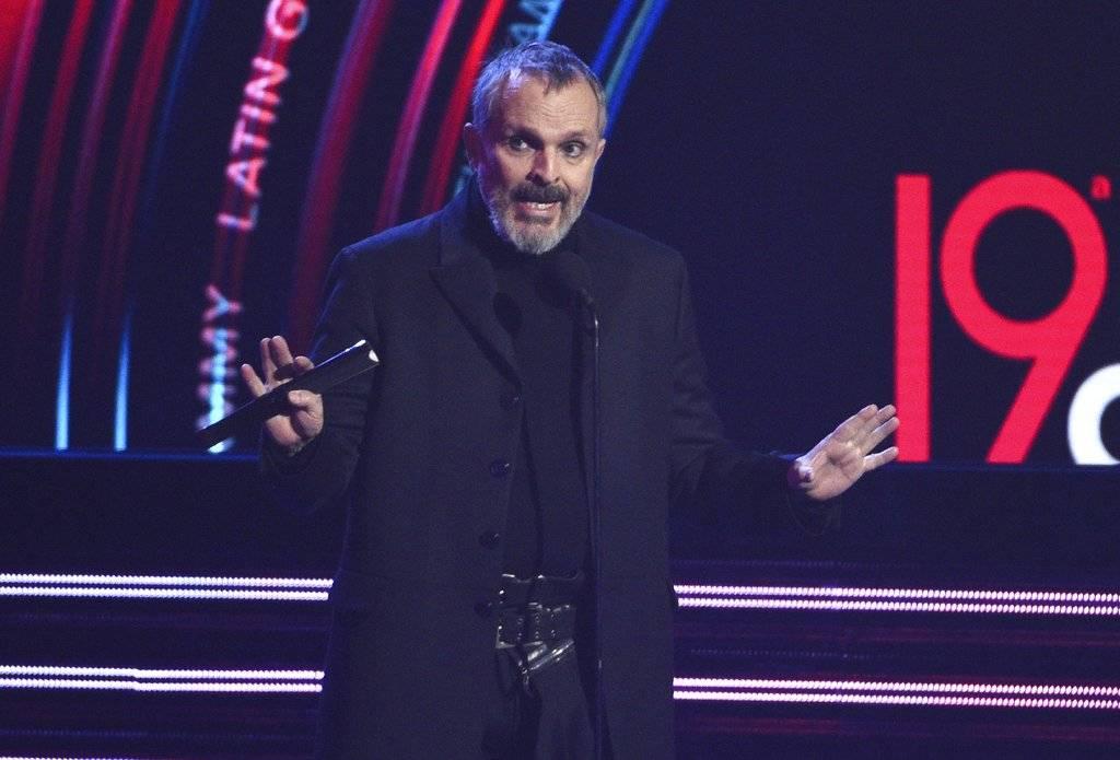 Miguel Bosé en los Latin Grammy
