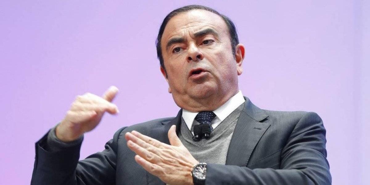 Arrestan a Carlos Ghosn presidente de Nissan Motor Co