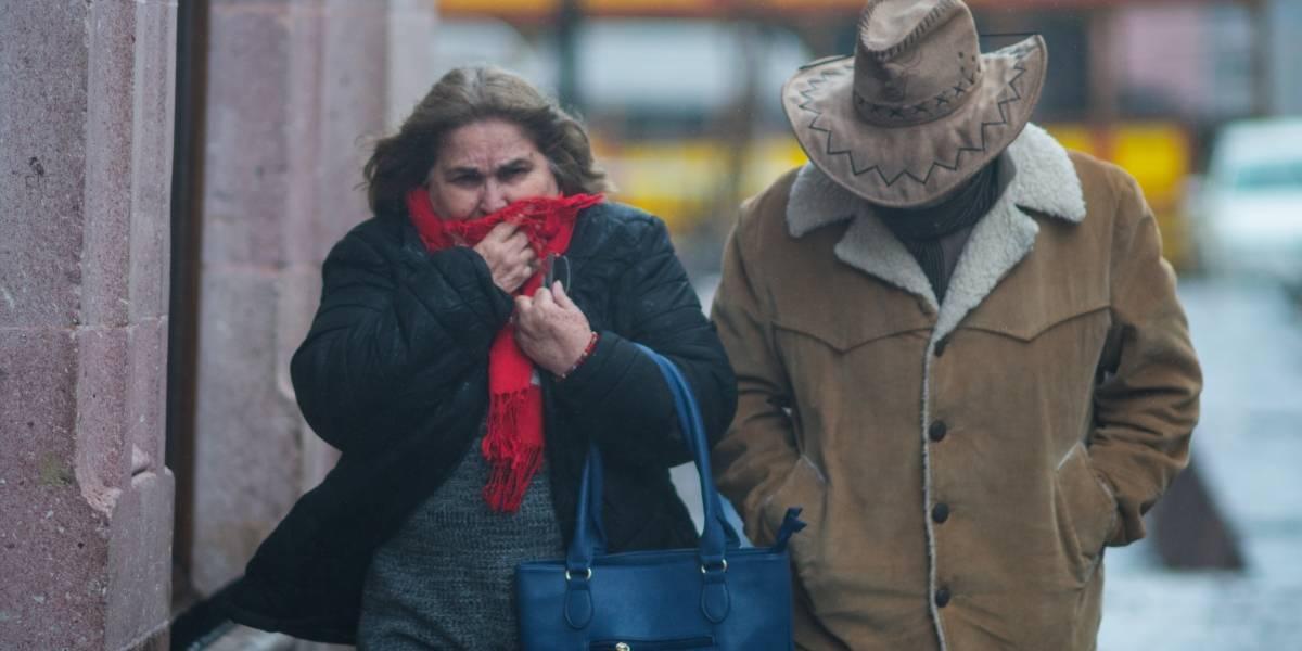 Temporada invernal incrementa 66% casos de hipotermia y quemaduras