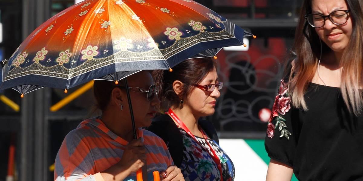 Ola de calor se extenderá hasta el miércoles y mañana se espera el temido 30-30-30