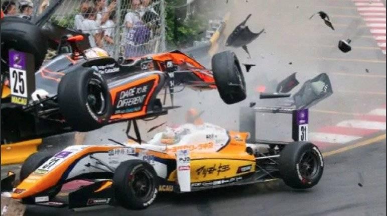 Bella piloto se accidenta y causa cuatro heridos en la Fórmula 3