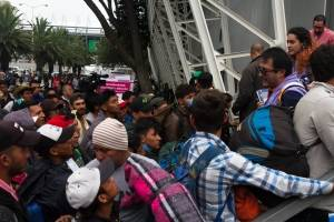 Migrantes en CDMX decidirán el próximo viernes si continúan hacia EU
