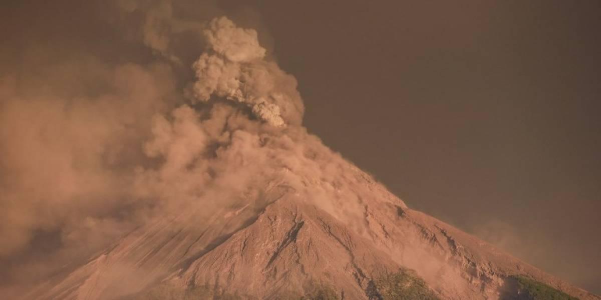 Intensidad de la actividad del volcán de Fuego es parecida a la del 3 de junio, señalan autoridades