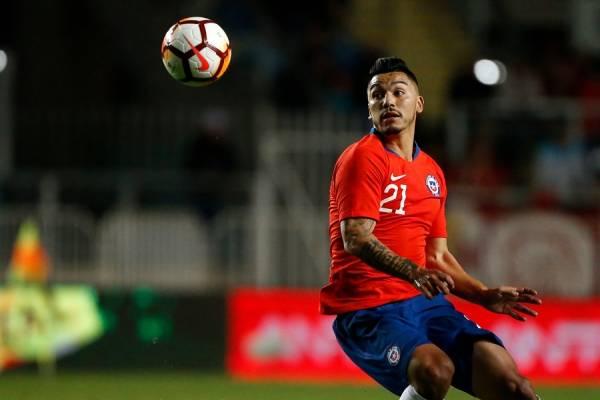 Lorenzo Reyes se perfila para ir desde el arranque en el duelo entre la Roja y Honduras / Foto: Photosport