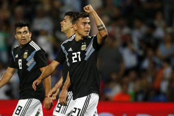 Dybala celebra segundo gol