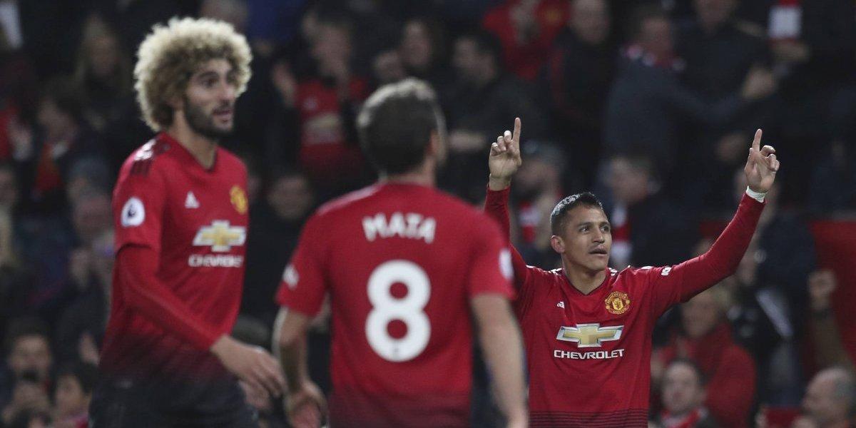 Manchester United dejaría partir a Alexis ante el interés por fichar a Douglas Costa