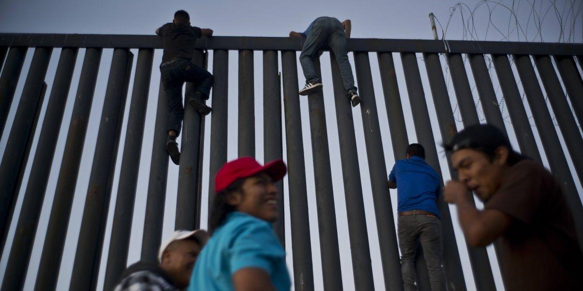 Un nuevo golpe para Trump: juez impide a EEUU aplicar prohibición de asilo contra la caravana de migrantes