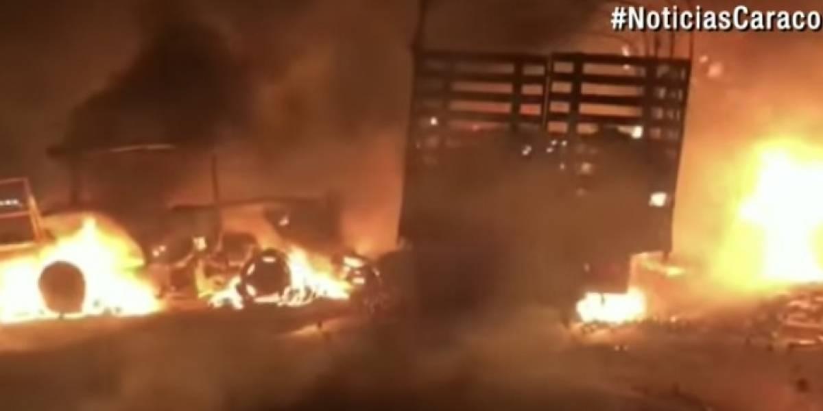Un muerto luego de grave accidente en el Cesar que terminó con bus en llamas
