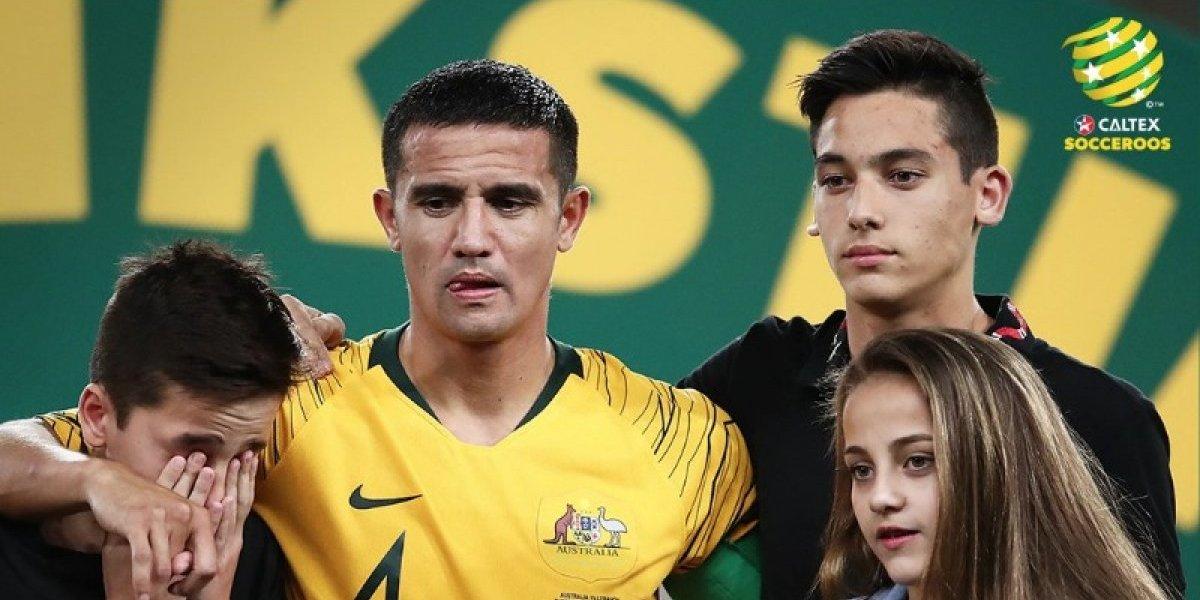Se va una leyenda: Un emocionado Tim Cahill se retiró entre lágrimas de la selección de Australia