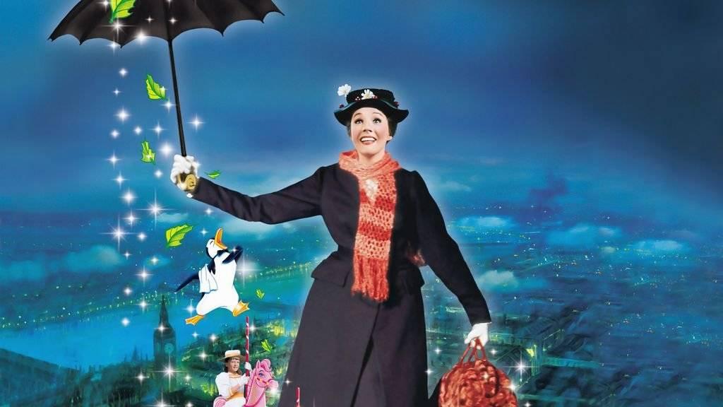 """La ganadora del Óscar Julie Andrews estelariza la """"prácticamente perfecta"""" nana que revoluciona a la formal y apropiada familia Banks en este clásico de Disney. Netflix"""