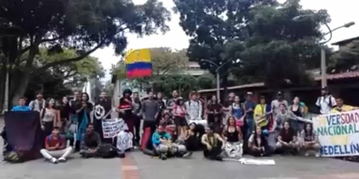 Estudiantes caminan desde Medellín a Bogotá para defender la educación superior