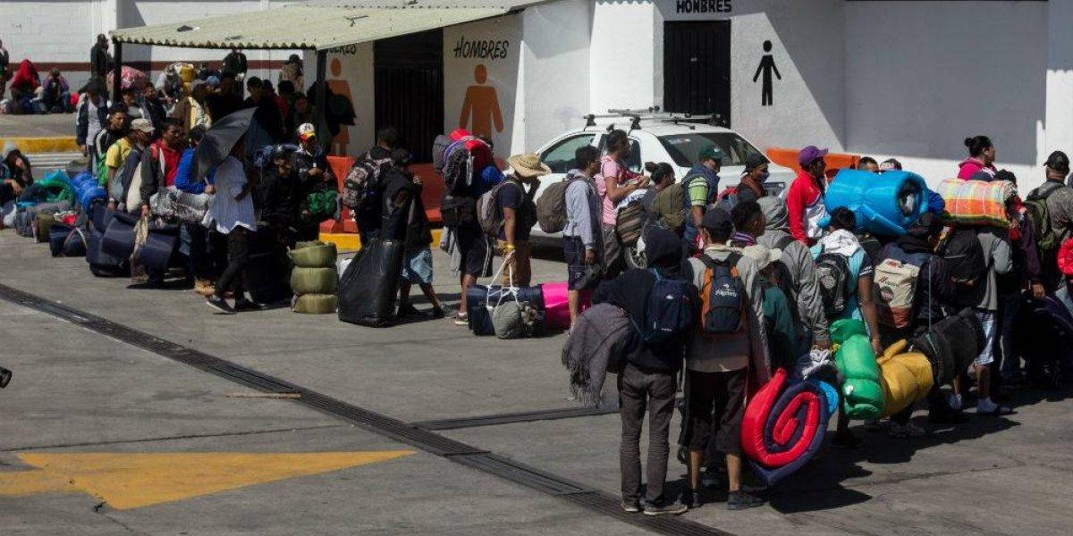 Sólo migrantes con familia en Canadá podrán pedir refugio