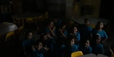 escuela sin luz