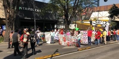 Fotos de la manifestación a la altura de Insurgente Sur