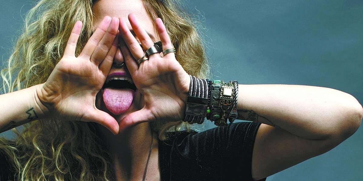 Todxs: Anárquica e sexual, Ana Cañas reinventa e afronta em novo álbum
