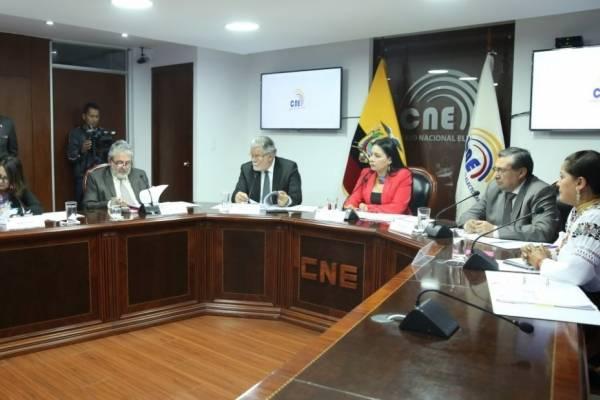 Directivos el CNE