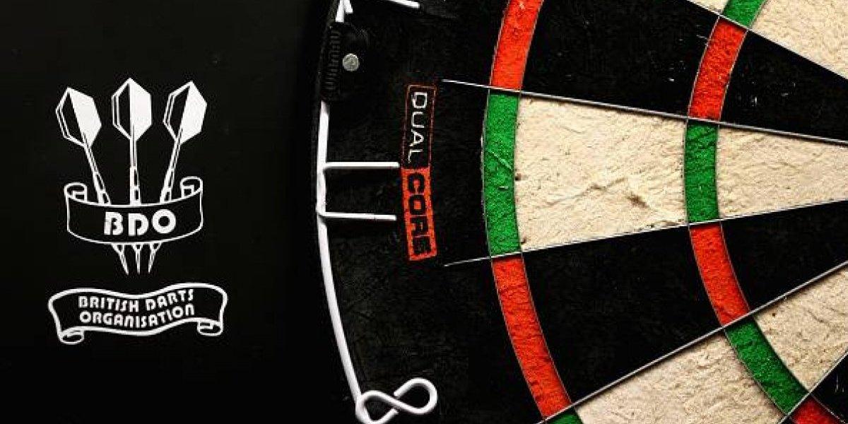 Algo huele podrido: la asquerosa acusación entre campeones que empañó campeonato mundial de lanzamiento de dardos