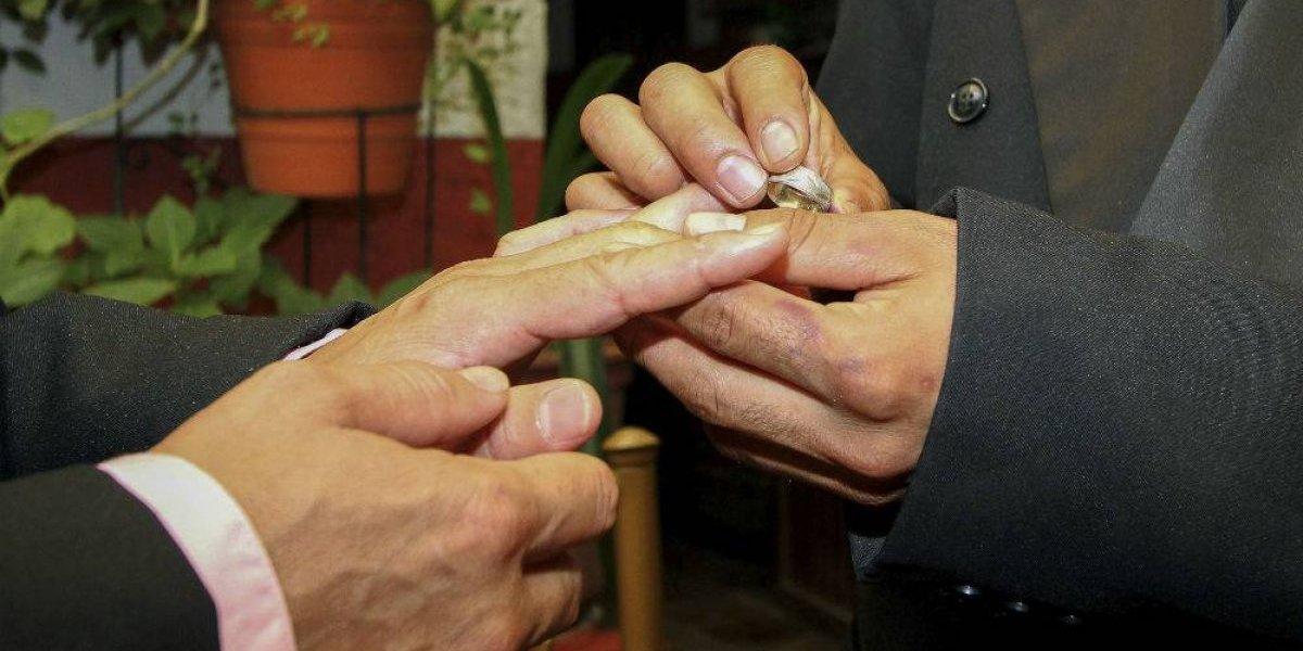 Reconocen derecho de parejas del mismo sexo a recibir pensión de viudez