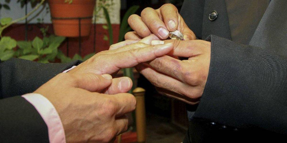 Naucalpan rechaza celebración de matrimonios igualitarios